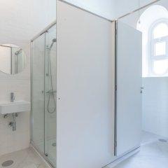 Pé Direito Hostel Понта-Делгада ванная