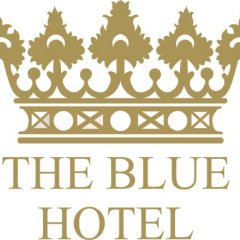 The Blue Hotel с домашними животными
