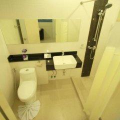 Отель The Palms Residence ванная фото 2
