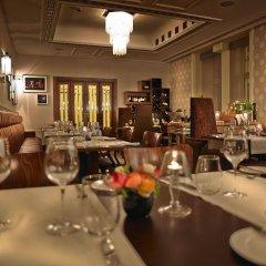 Отель Rialto Польша, Варшава - 8 отзывов об отеле, цены и фото номеров - забронировать отель Rialto онлайн питание фото 2