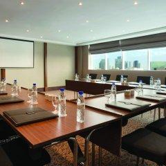 Отель Ramada Corniche Абу-Даби помещение для мероприятий