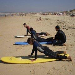 Отель Surfing Baleal - Surf Camp And Surf School спортивное сооружение