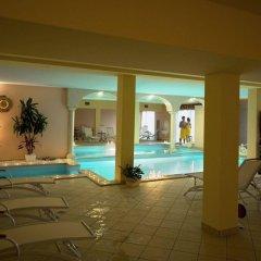 Hotel Borgo dei Poeti Wellness Resort Манерба-дель-Гарда бассейн