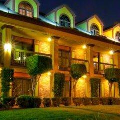 Отель Best Western Plus Raffles Inn & Suites фото 16