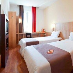 Гостиница Ибис Сибирь Омск комната для гостей