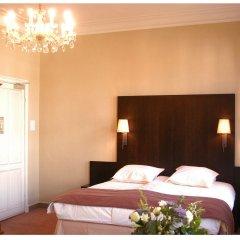 Hotel Gulden Vlies сейф в номере