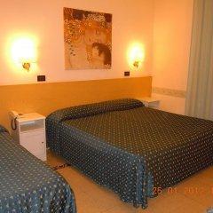 Отель Ascot комната для гостей