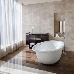 Отель The Westin Pazhou Hotel Китай, Гуанчжоу - отзывы, цены и фото номеров - забронировать отель The Westin Pazhou Hotel онлайн ванная фото 2