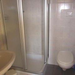 Отель Gasthof zum Roessl Терлано ванная фото 2