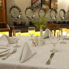 Avari Dubai Hotel фото 2