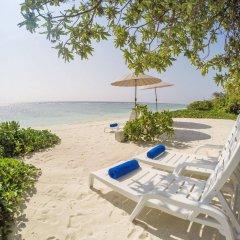Отель Ocean Grand at Hulhumale Мальдивы, Мале - отзывы, цены и фото номеров - забронировать отель Ocean Grand at Hulhumale онлайн пляж