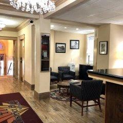District Hotel интерьер отеля