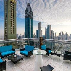 Отель Four Points By Sheraton Sheikh Zayed Road ОАЭ, Дубай - 1 отзыв об отеле, цены и фото номеров - забронировать отель Four Points By Sheraton Sheikh Zayed Road онлайн балкон