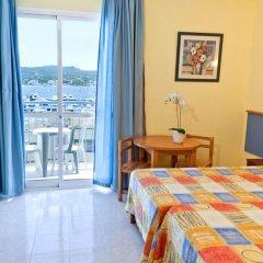 Apart-Hotel del Mar - Adults Only комната для гостей