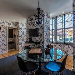 Апартаменты Casas do Porto Ribeira комната для гостей