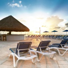Отель Seadust Cancun Family Resort бассейн