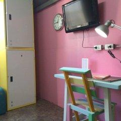 Saphaipae Hostel Бангкок удобства в номере фото 2