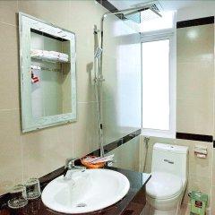Отель Galaxy 2 Hotel Вьетнам, Нячанг - отзывы, цены и фото номеров - забронировать отель Galaxy 2 Hotel онлайн ванная