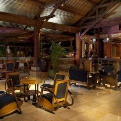 Отель Keraton Jimbaran Beach Resort гостиничный бар