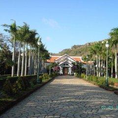 Отель Long Hai Beach Resort парковка