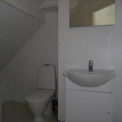 Отель Holiday Home Villa Mirage Финляндия, Ювяскюля - отзывы, цены и фото номеров - забронировать отель Holiday Home Villa Mirage онлайн ванная фото 2