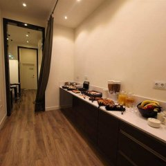 Отель The Moods удобства в номере