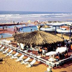 Отель Sheraton Casablanca Hotel & Towers Марокко, Касабланка - отзывы, цены и фото номеров - забронировать отель Sheraton Casablanca Hotel & Towers онлайн пляж