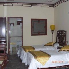 Отель Soluxe Courtyard комната для гостей