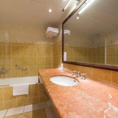 Отель Royal Montparnasse Париж ванная