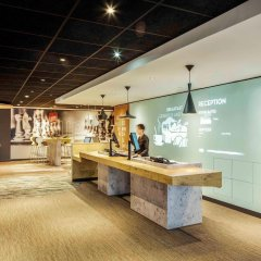 Отель ibis Edinburgh Centre Royal Mile – Hunter Square Великобритания, Эдинбург - 2 отзыва об отеле, цены и фото номеров - забронировать отель ibis Edinburgh Centre Royal Mile – Hunter Square онлайн гостиничный бар
