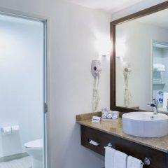 Отель Holiday Inn Express Guadalajara Autonoma ванная фото 2