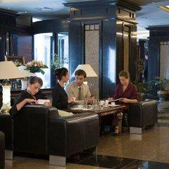 Отель Grand Hotel Bulgaria Болгария, София - отзывы, цены и фото номеров - забронировать отель Grand Hotel Bulgaria онлайн гостиничный бар