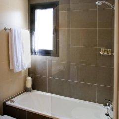 Отель Compostela Suites ванная