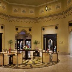 Отель Sharq Village & Spa спа