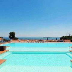 Отель Montecolo Resort Манерба-дель-Гарда бассейн фото 2