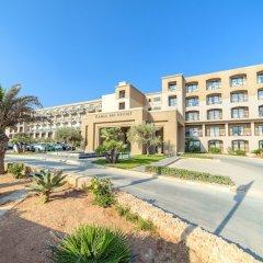 Отель Ramla Bay Resort парковка