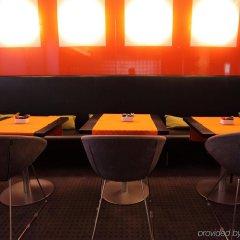 Отель Design Hotel F6 Швейцария, Женева - отзывы, цены и фото номеров - забронировать отель Design Hotel F6 онлайн гостиничный бар