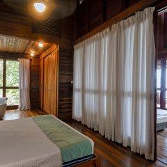 Отель Secret Bay комната для гостей