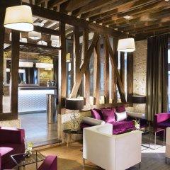 Отель Hôtel Jacques De Molay гостиничный бар