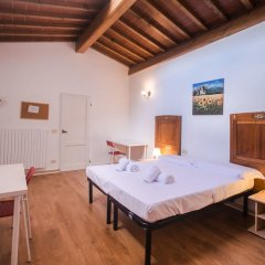 Отель Lovely 4BD Apt 3min Walk to Ponte Vecchio комната для гостей фото 2