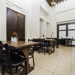 Отель Lumbini Dream Garden Guest House питание фото 3