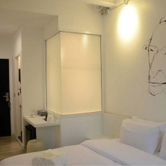 3howw Hostel @ Sukhumvit 21 Бангкок комната для гостей фото 3