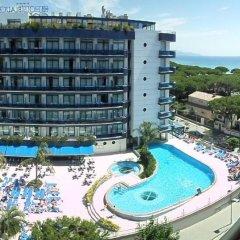 Отель Blaucel Испания, Бланес - 1 отзыв об отеле, цены и фото номеров - забронировать отель Blaucel онлайн бассейн фото 2