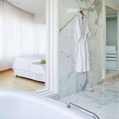 Отель Le Meridien New Delhi Нью-Дели ванная