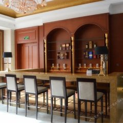 Chongzhou Zhongsheng Hotel гостиничный бар