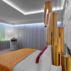 Отель W London Leicester Square комната для гостей