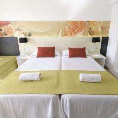 Отель azuLine Hotel Bergantín Испания, Сан-Антони-де-Портмань - отзывы, цены и фото номеров - забронировать отель azuLine Hotel Bergantín онлайн комната для гостей фото 2