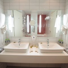 Гостиница Park Inn Казань ванная фото 6