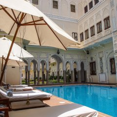 Отель The Raj Palace (Small Luxury Hotels of the World) с домашними животными