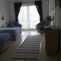 Отель Beyaz Ev Pansiyon комната для гостей